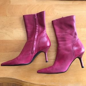 Steve Madden Raspberry Leather Boots Chicago